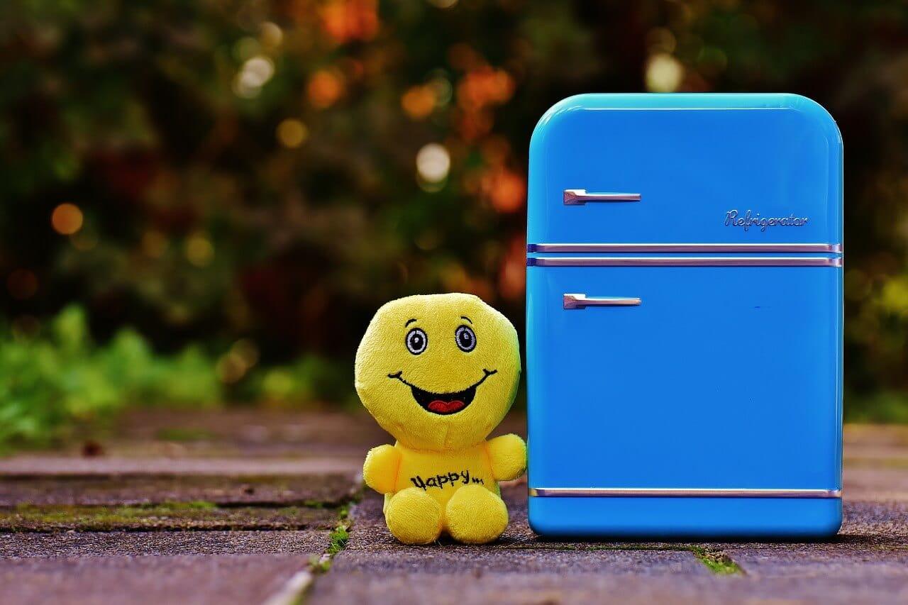 mini-fridge-blackfriday_1280-2