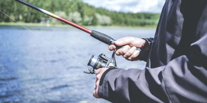 10 Best Surf Fishing Rods in 2021 – Read Before You Buy