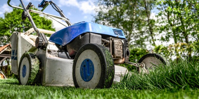 30 Best riding lawn mowers – Buyer's Guide